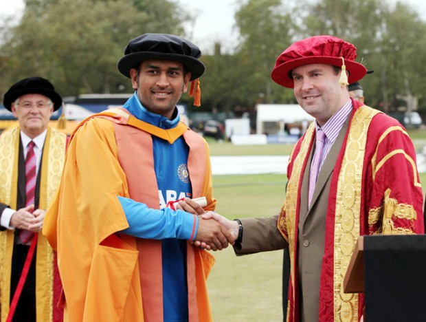 Dhoni Receiving His Honory Doctorate