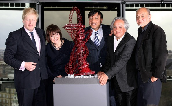 Mittal along with Anish Kapoor Sculpture For 2012 Olympic Park