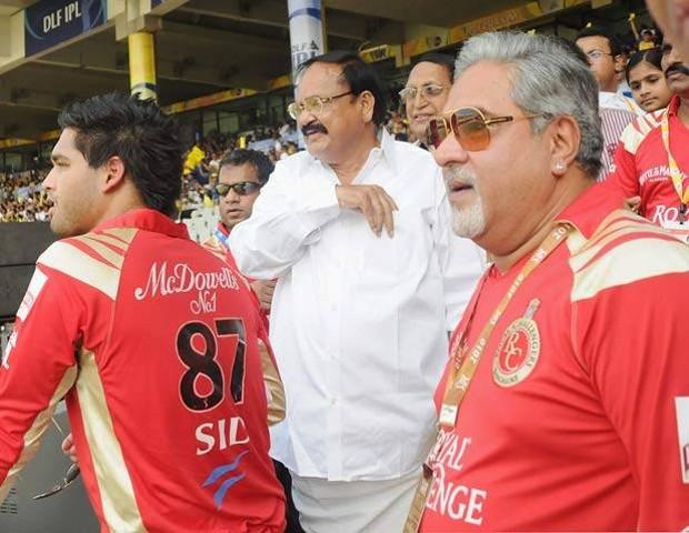 Vijay Mallya With Venkaiah Naidu