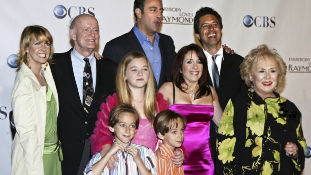 Ray Romano with 'Everybody Loves Raymond' Cast at  Peoples Choice Awards