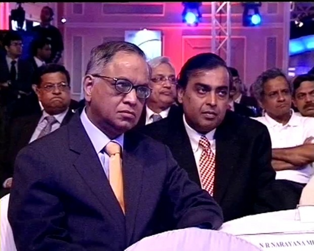Mukesh Ambani with Infosys Founder Narayana Murthy