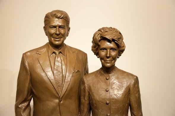 In Memoir Statue of  Late President  Ronald Reagan And Nancy Reagan