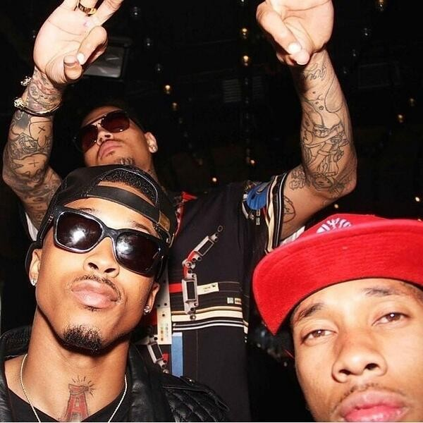 August Alsina and Tyga Taking A Selfie