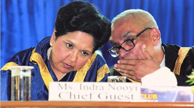 Chief Guest Indra Nooyi with Ajit Balakrishnan at IIM-C