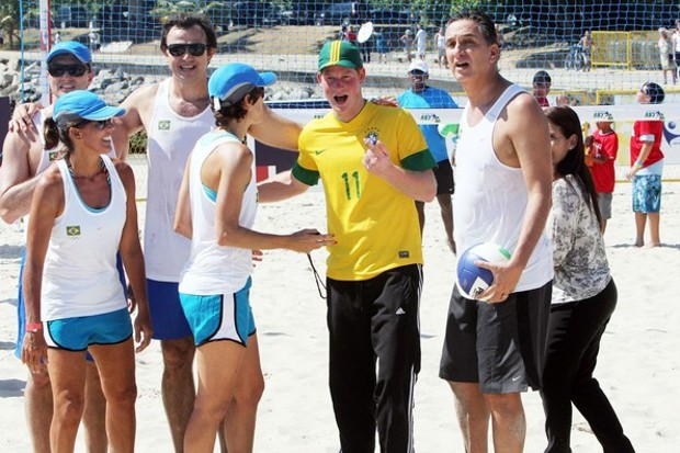 Prince Harry Playing beach volleyball