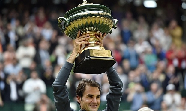 Federer with Trophy