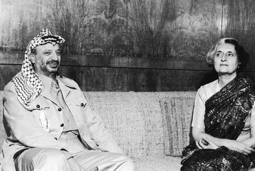Indira Gandhi with Yasser Arafat