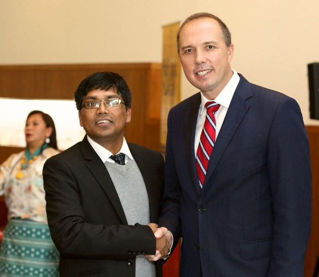 Bhutanese Communtiy representative Teju Chouhan meets Immigration Minister Peter Dutton