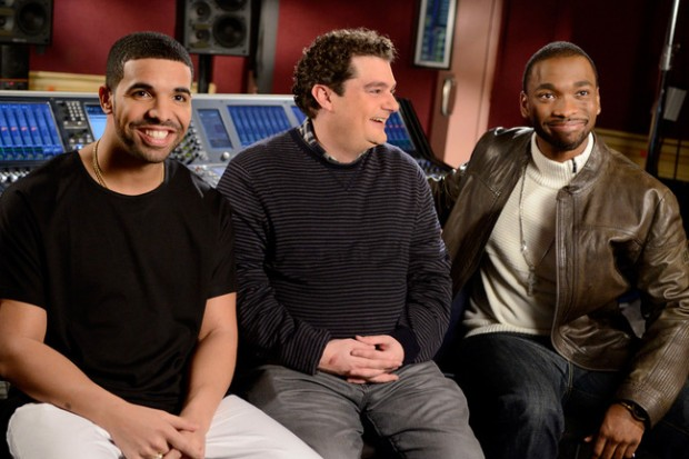 Drake with the cast of Saturday Night