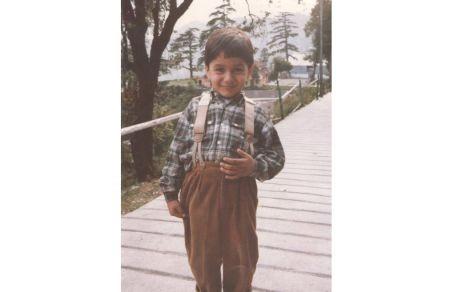 Kunal Bahl Childhood