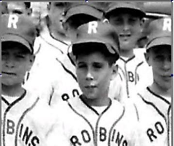 Paul Simon in his childhood with his Baseball Team