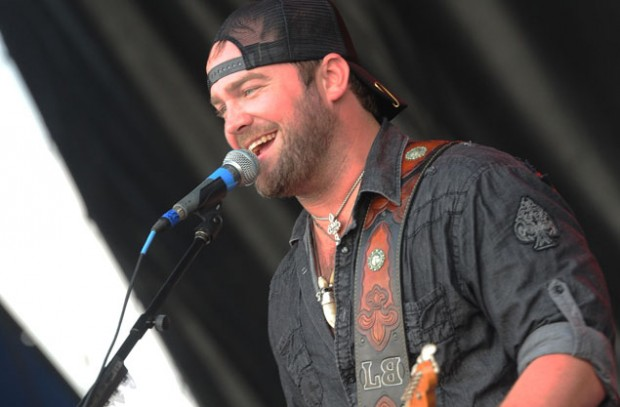 Lee Brice On Stage Perfomance