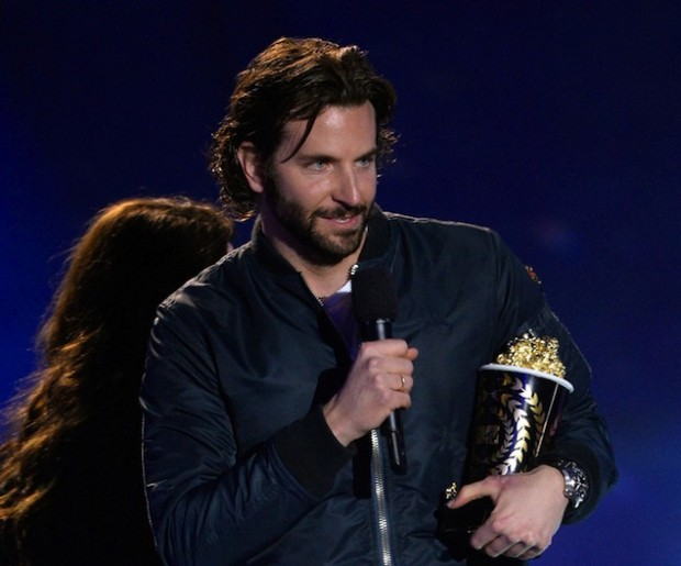 Bradley Cooper wins MTV Awards
