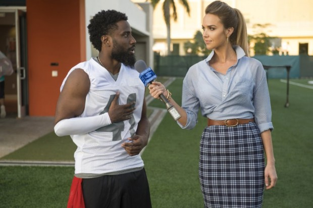 Arielle Kebbel and John David Washington in Ballers