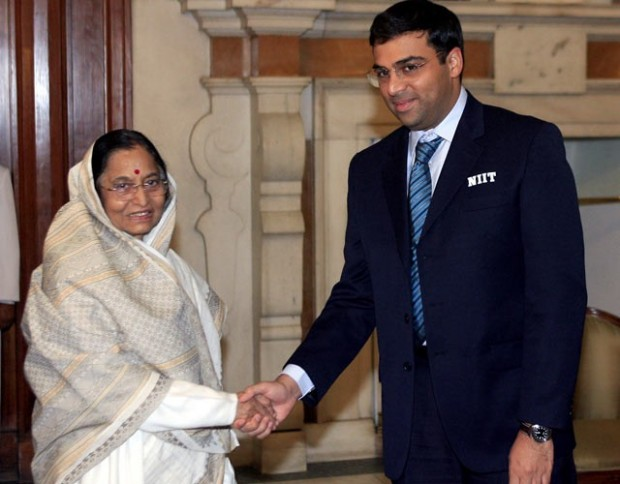 Anand With Indian President Pratibha Patil