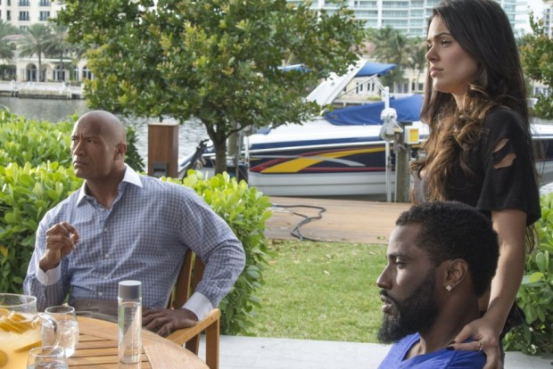 Still of Dwayne Johnson, John David Washington and Anabelle Acosta in Ballers