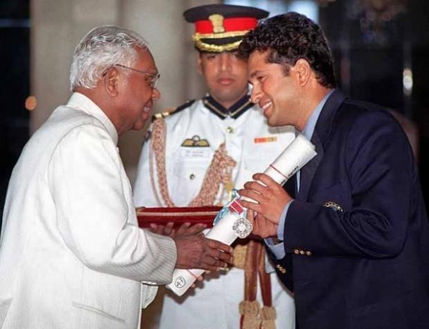 Sachin Honored With Padma Shri in 1999