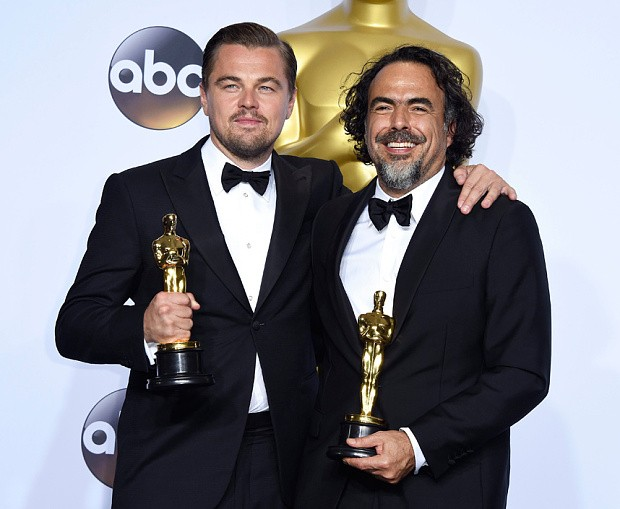 Alejandro González Iñárritu With Leonardo Dicaprio At Oscar Event