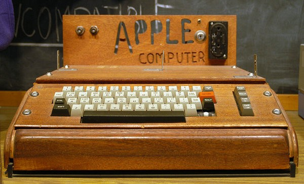 Apple-1 Computer Invented By Steve Wozniak