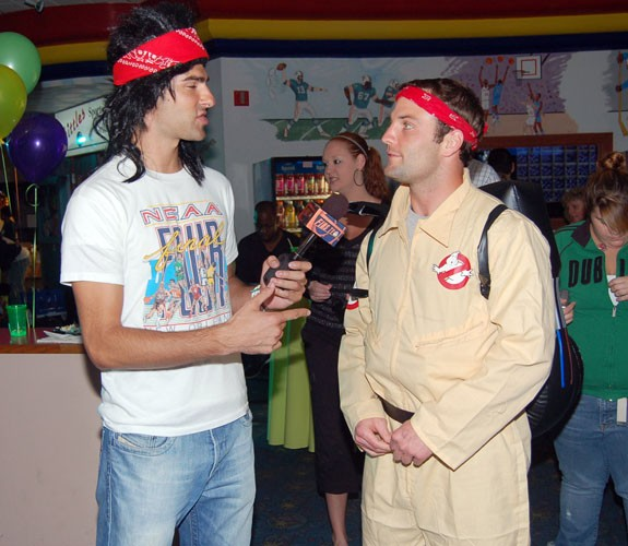 Wes Welker at Randy McMichaels charity bowling Event