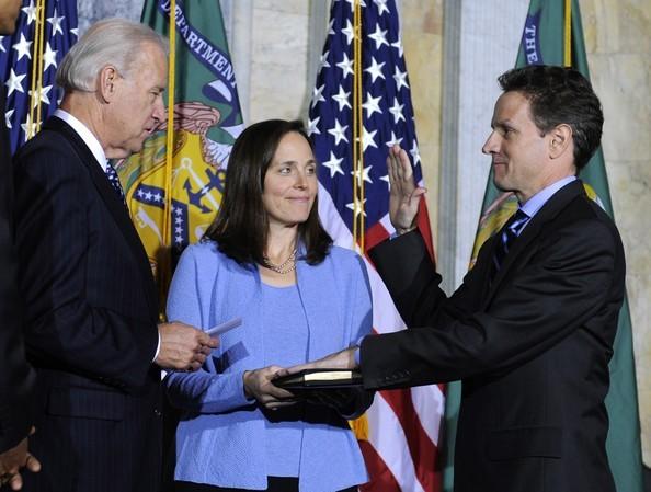 Senate Confirms Timothy Geithner As Treasury Secretary