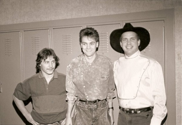 Chris Elrod, Brian O'Neil Terry and Garth Brooks in 1990