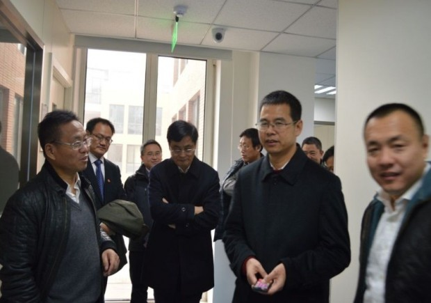 Shao Genhuo with Mr.Yan President of Jiangsu Academy of Agricultural Sciences