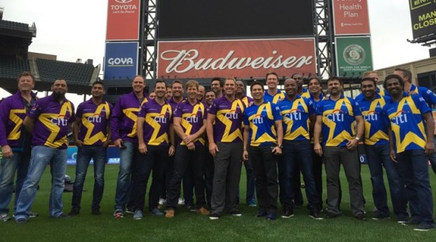 Sachin along with other Cricket Lengends in a Cricket All Stars Match in U.S.