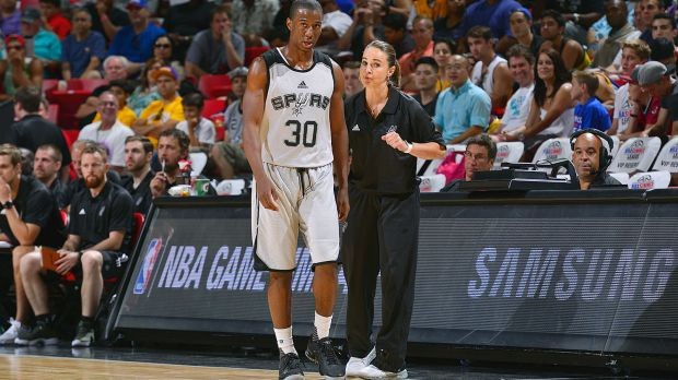 Shannon Scott with Becky Hammon during a summer league Game