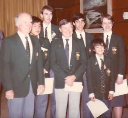 Jim as Leader and Geoff Ball as Deputy,in Warsaw, with the 1986 IMO team which includes Young Terry Tao