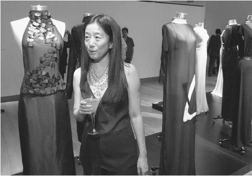 Vera Wang At An Exhibition Show