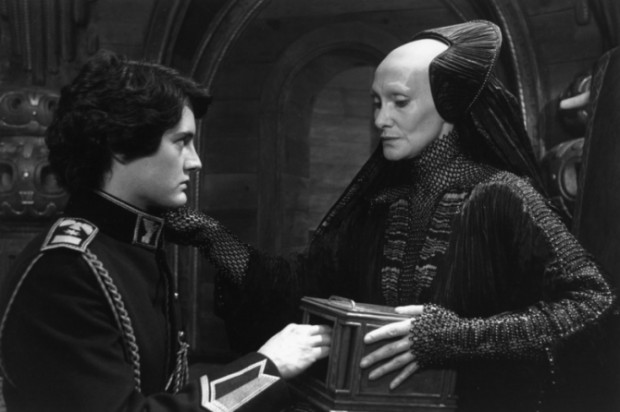 Kyle MacLachlan with Sian Phillips In Dune Movie 1984