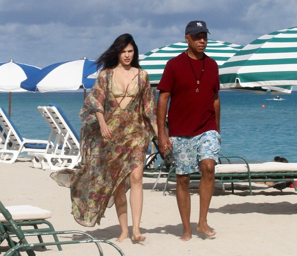 Russell Simmons and Hana Nitsche Stroll
