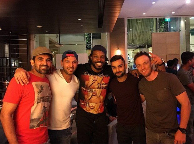 Devilliers with RCB Players