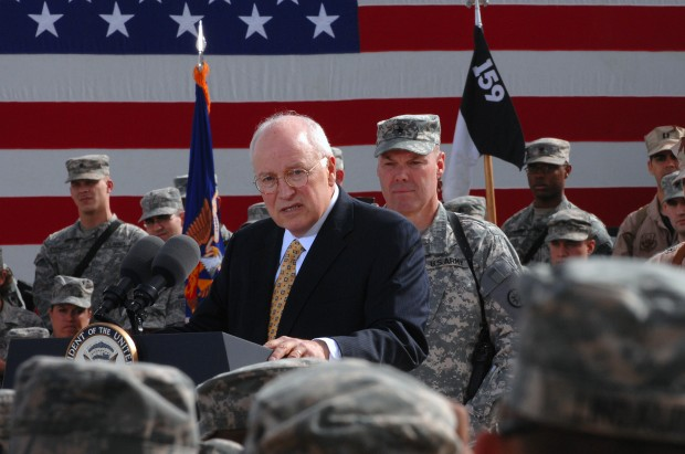 Cheney speaks to US troops at Camp Anaconda, Iraq