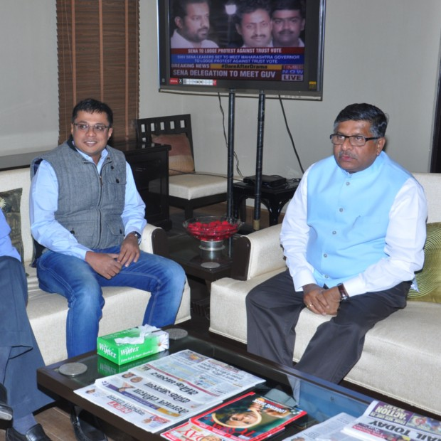 Sachin Bansal with Indian IT Minister Ravi Shakar Prasad