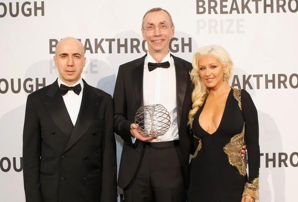 Christina Aguilera, Yuri Milner with Svante Paabo