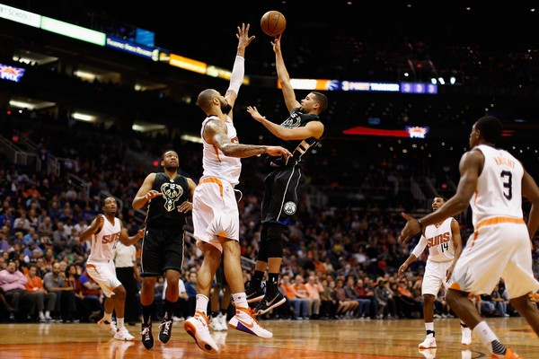 Milwaukee Bucks against Phoenix Suns