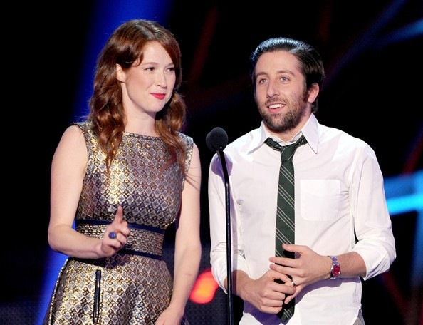 Simon Helberg with Ellie Kemper