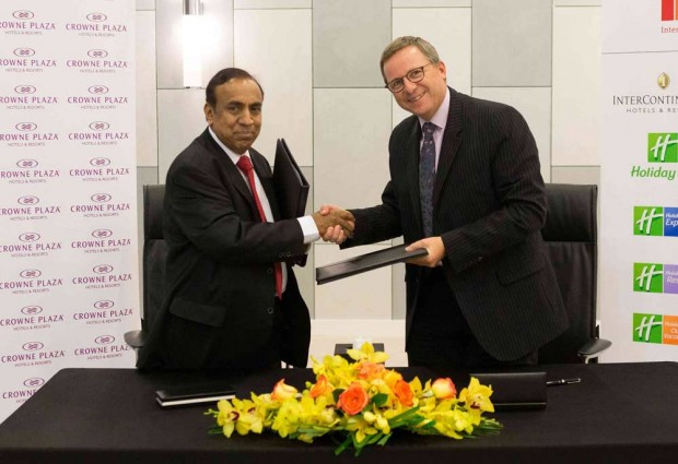 Dr Ravi Pillai with Pascal Gauv at the Signing of the Crowne