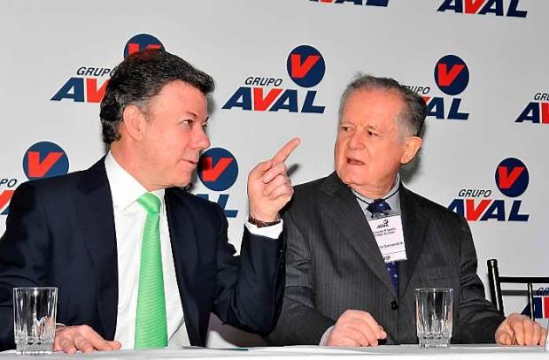 Juan Manuel Santos and Luis Carlos Sarmiento