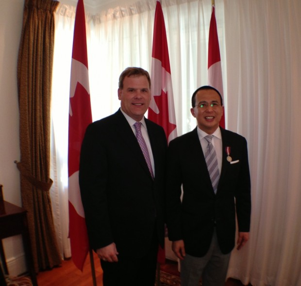 Baird Presents Diamond Jubilee Medal to Richard Li