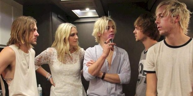 R5 During Sometime Last Night At Backstage