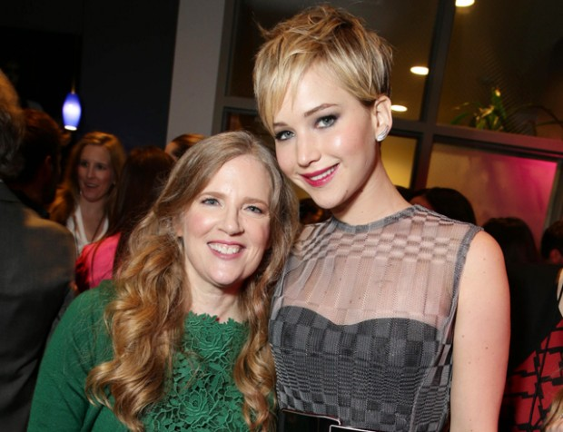 Suzanne Collins with Jennifer Lawrence
