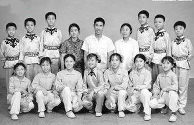 Little Jet Li in Childhood with His Kung-Fu Team