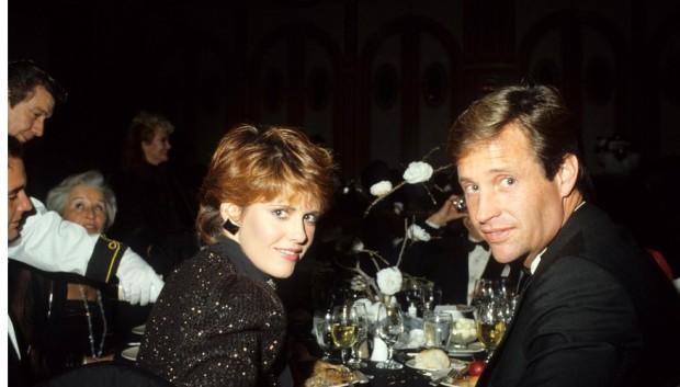 Robert Hays with Pam Dawber