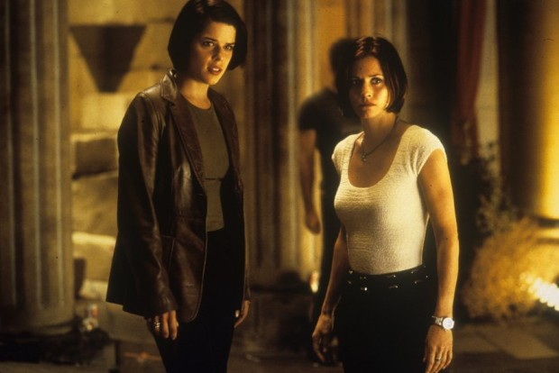 Neve Campbell And Courteney Cox