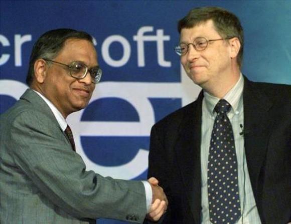 Narayana Murthy with Bill Gates