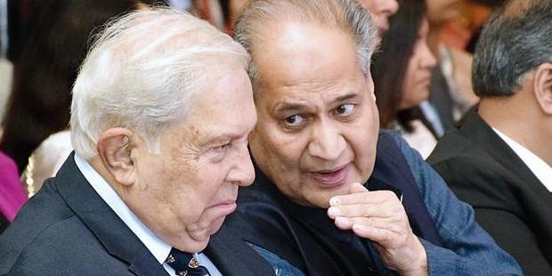 YK Hamied With Rahul Bajaj