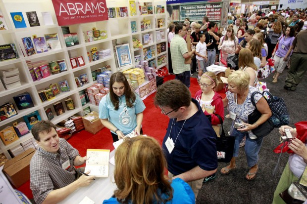 Jeff Kinney Signs to Fans During American Library Association Conference